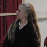 Hannah_as_Louise